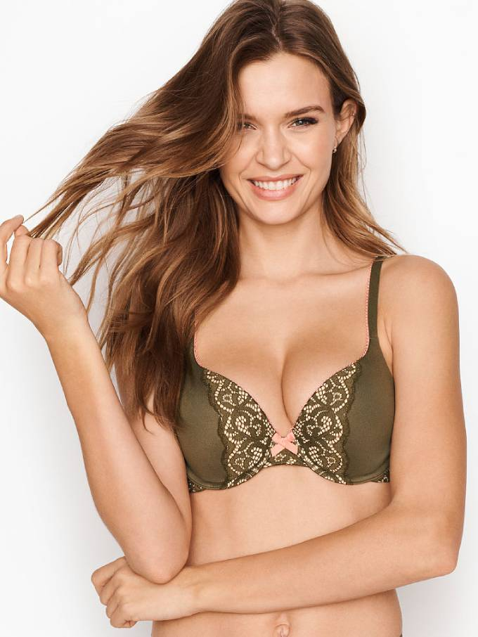 Why Do Women Wear Bras? (The Answers May Surprise You)