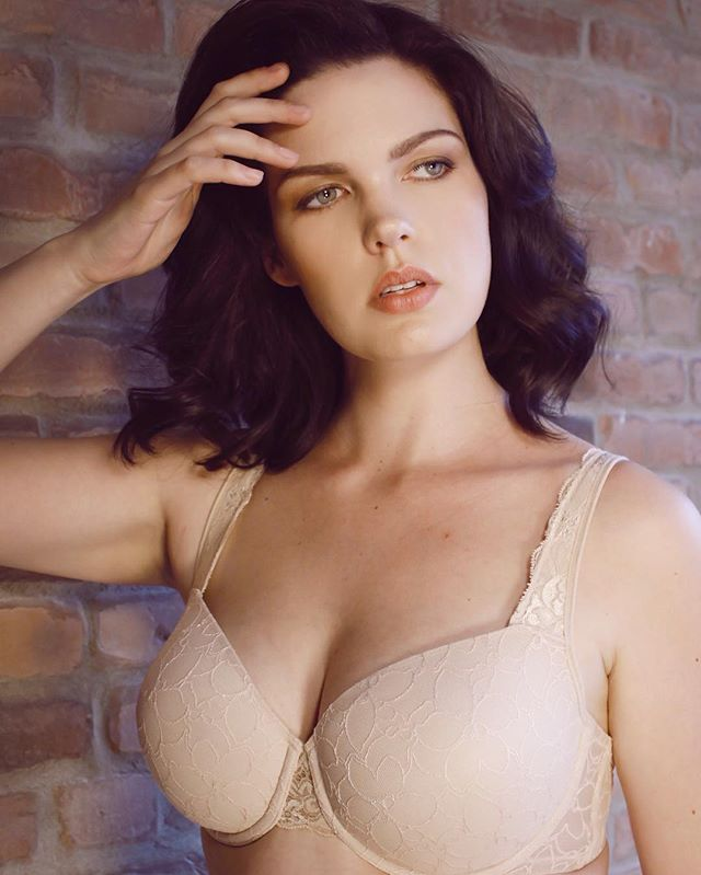 best bra for large breasts