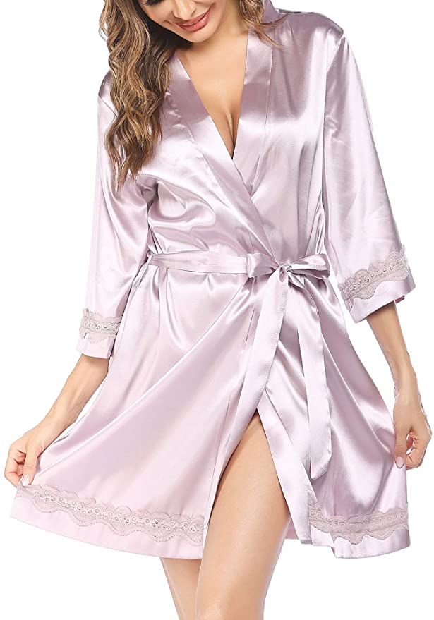 How Much Does a Bathrobe Weigh? (9 Examples With Image)