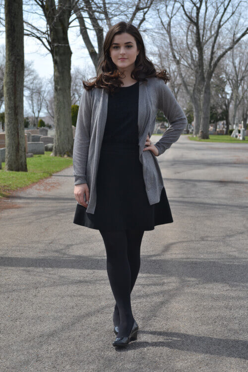 Can You Wear Leggings to a Funeral? (Solved With 5 Example)