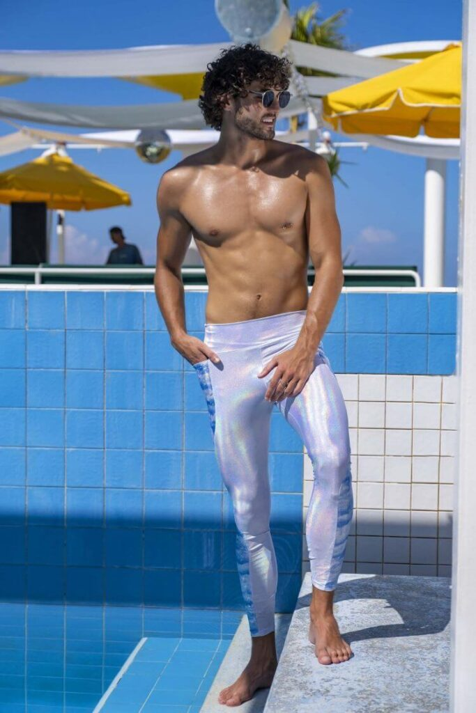 Can a Man Wear Woman's Leggings? (Solved With 5 Example)